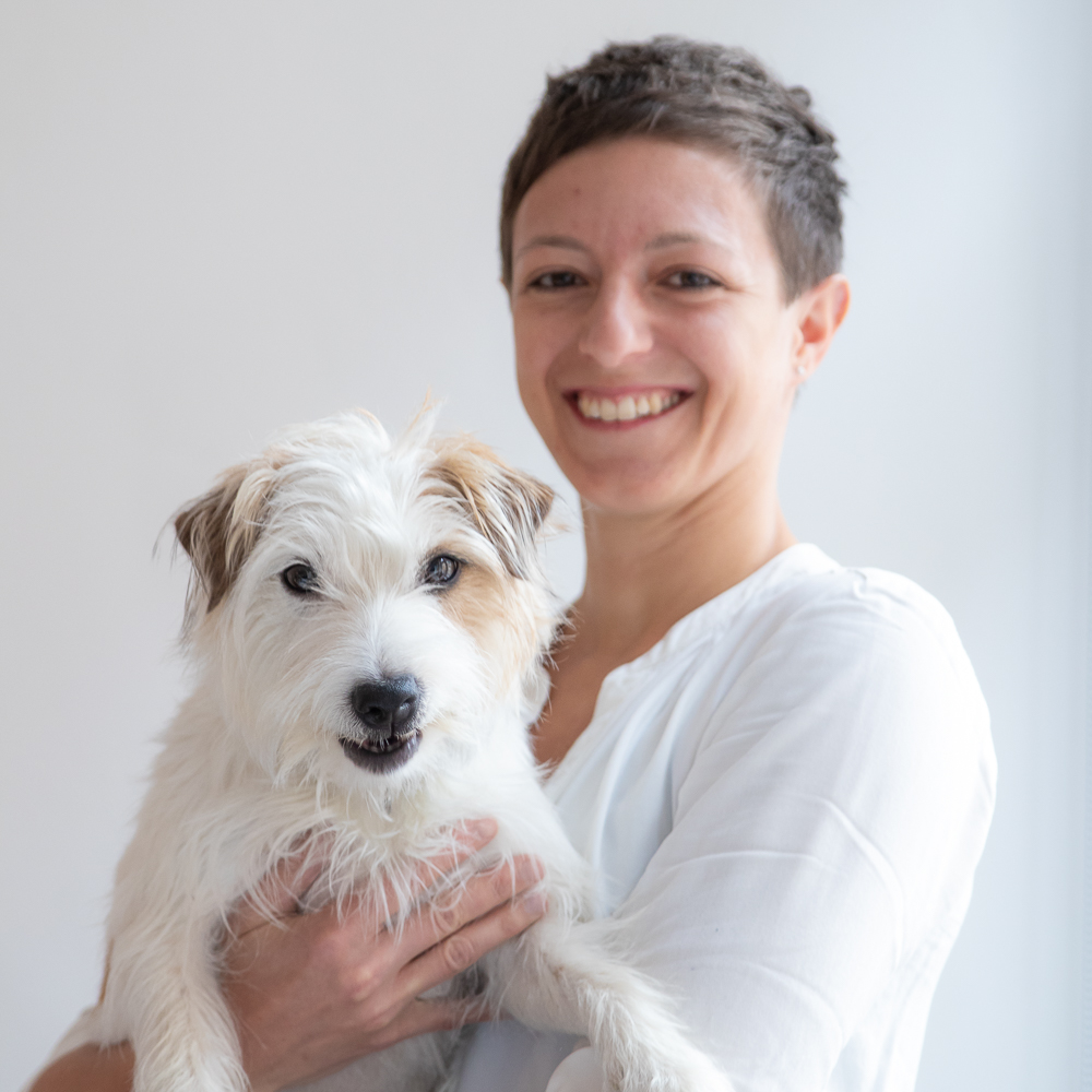 Jana Marschallek mit Hund Maya